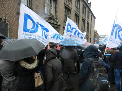 DSTG-Fahnen